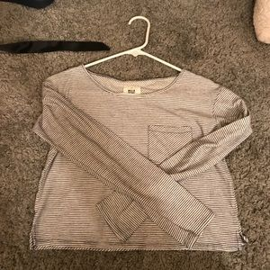 Billabong cropped shirt